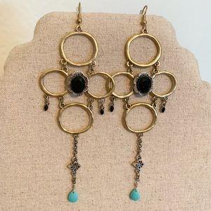 """Jewelry - 5"""" long gold drop earrings"""